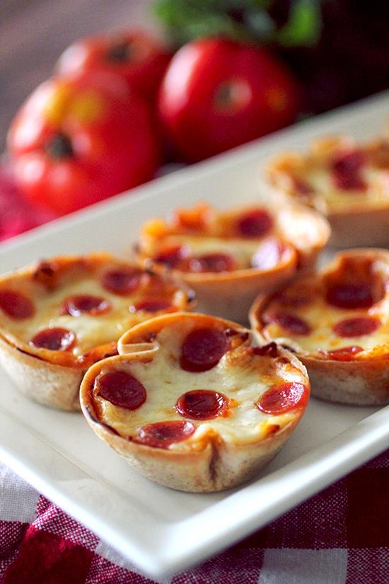 Mini Deep Dish Pizzas — Dashing Dish