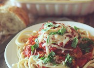 Clean Eating Crockpot Chicken Parmesan